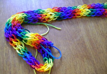 15 finger knitting for kids ideas